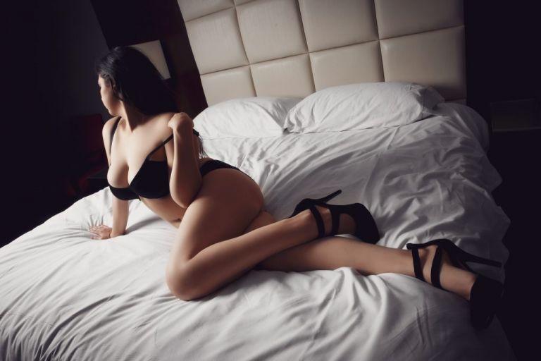 Atlanta boudoir photography client